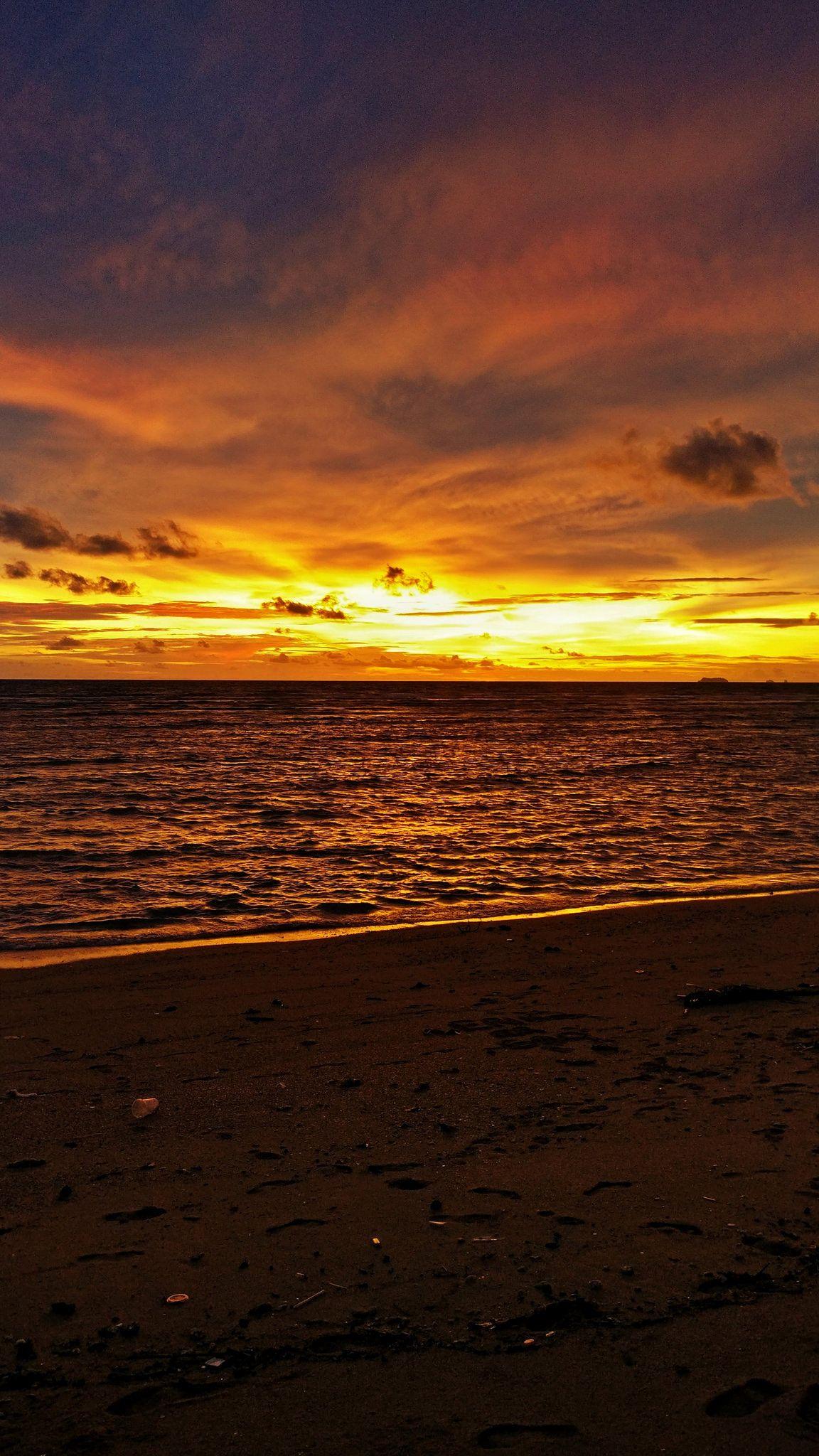 Koh Lanta sunset. Thailand.