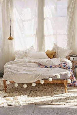 minimalist palette maximise texture Boho Chic: Beds home design 70's vintage style