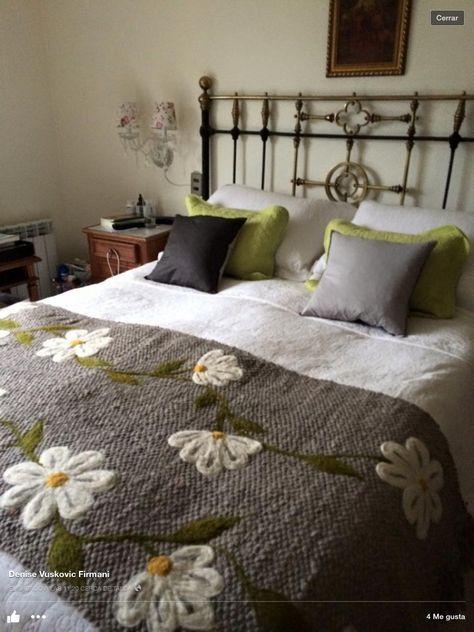 Resultado de imagen para dise o tapices cojines telares - Cojines de diseno ...