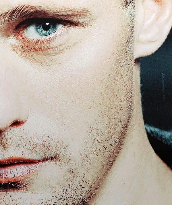 Such Gorgeous Colors And Softness: Alexander Skarsgard. Such A Beautiful Eye Color