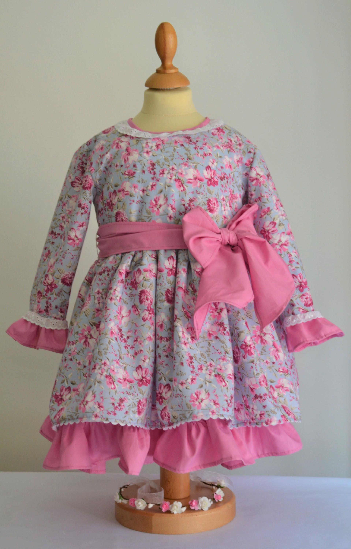 Vestido niña en algodón rosa estampado a flores. Vestido fiesta ...