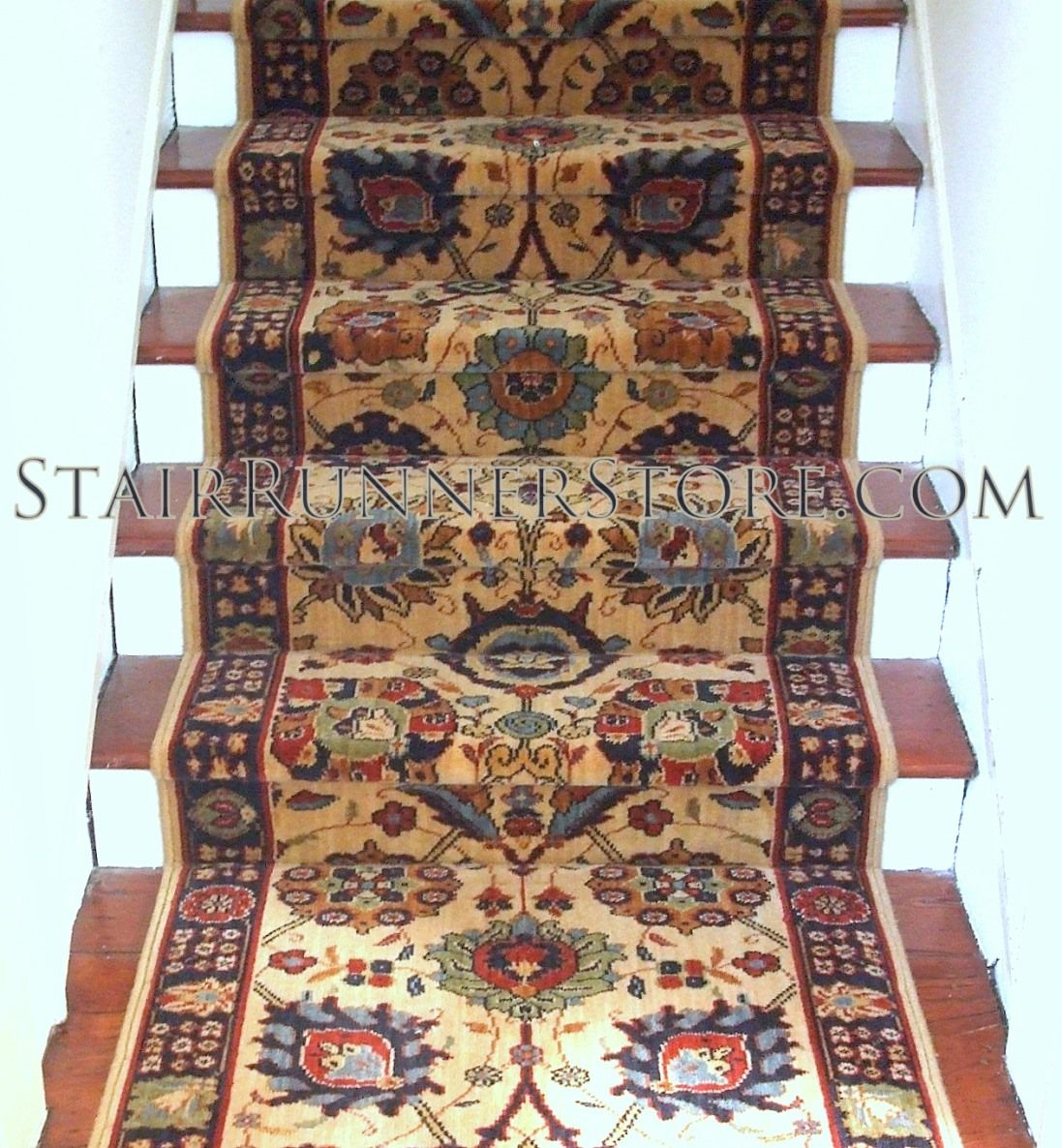 Best Karastan English Manor Cambridge Ivory Stair Runner Stair Runner Stair Runner Carpet Carpet 400 x 300