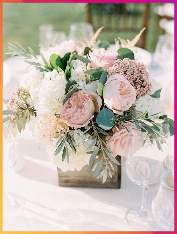 20 Blush Wedding Centerpiece We Love Blush Centerpiece Hochzeit Dekoration Altrosa H In 2020 Tischdekoration Hochzeit Blumen Tischdeko Hochzeit Dekoration Hochzeit