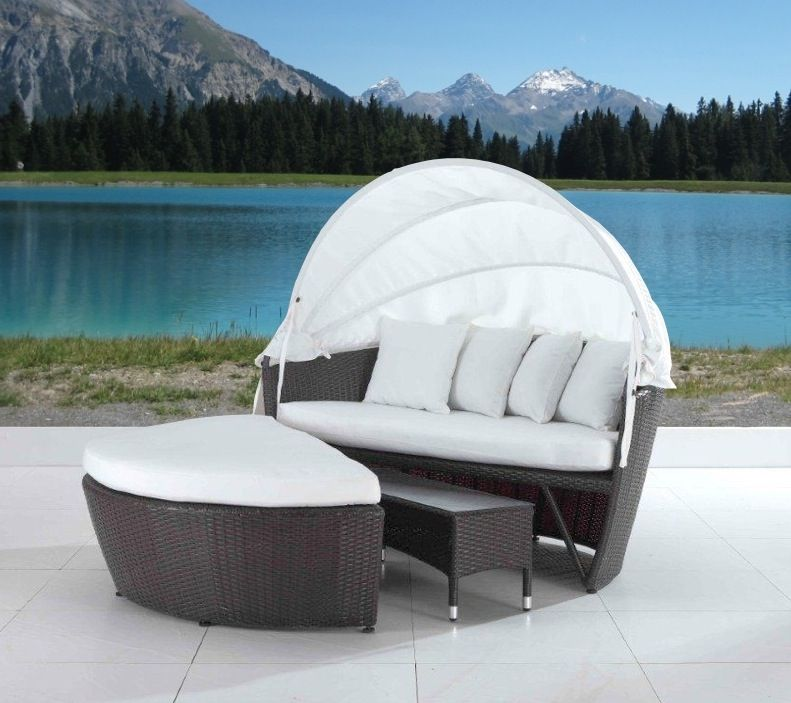 Outdoor Wicker Covered Loveseat Cool Patio Furniture Daybeds