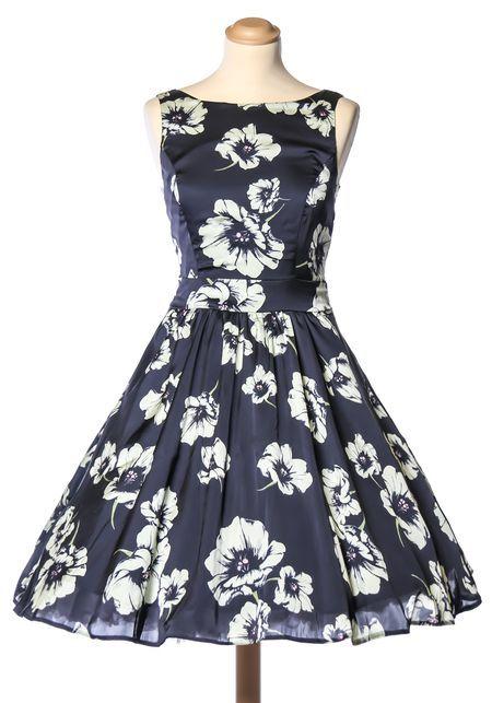 Misty Blue Blossom, tea dress by Lady Vintage. Yksinoikeudella Miss Windy Shopissa!