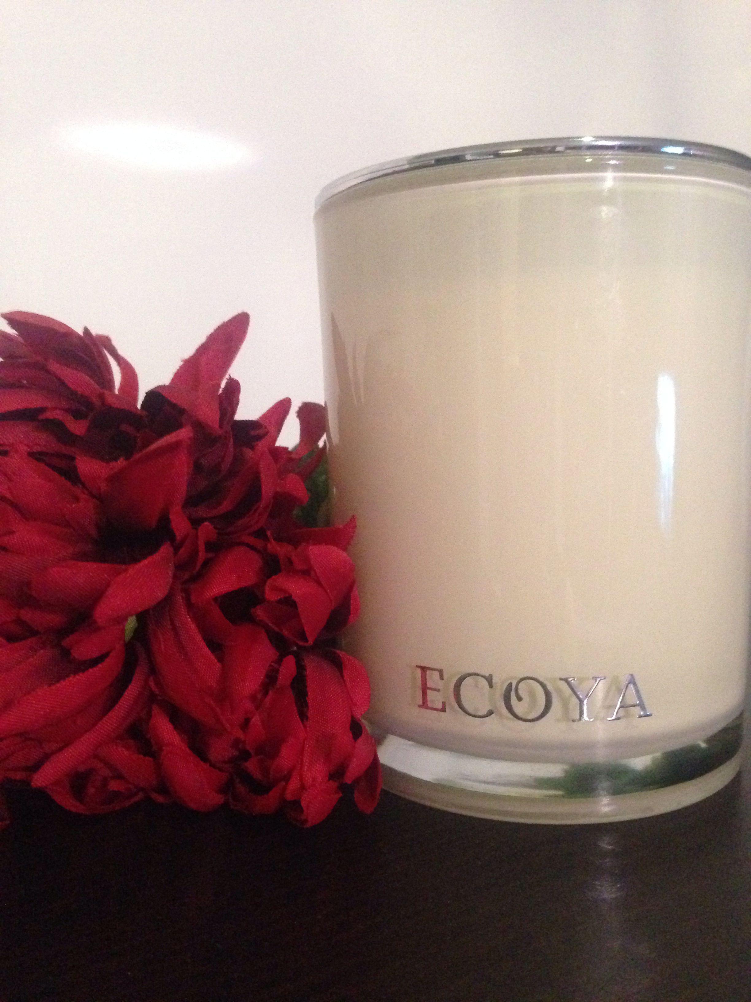 Lotus Flower Scented Candle Unbelievable Scent Bachelorette Pad