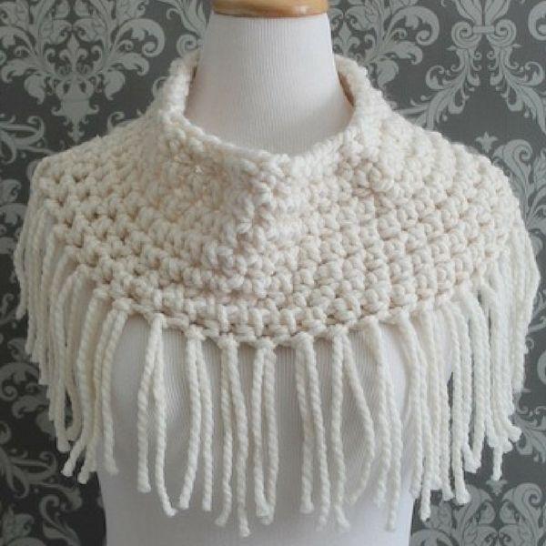 Free Fringe Cowl Crochet Pattern Modern Crochet Patterns Modern