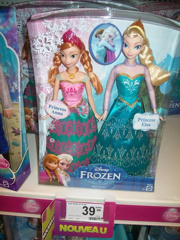 Anna and Elsa different looks