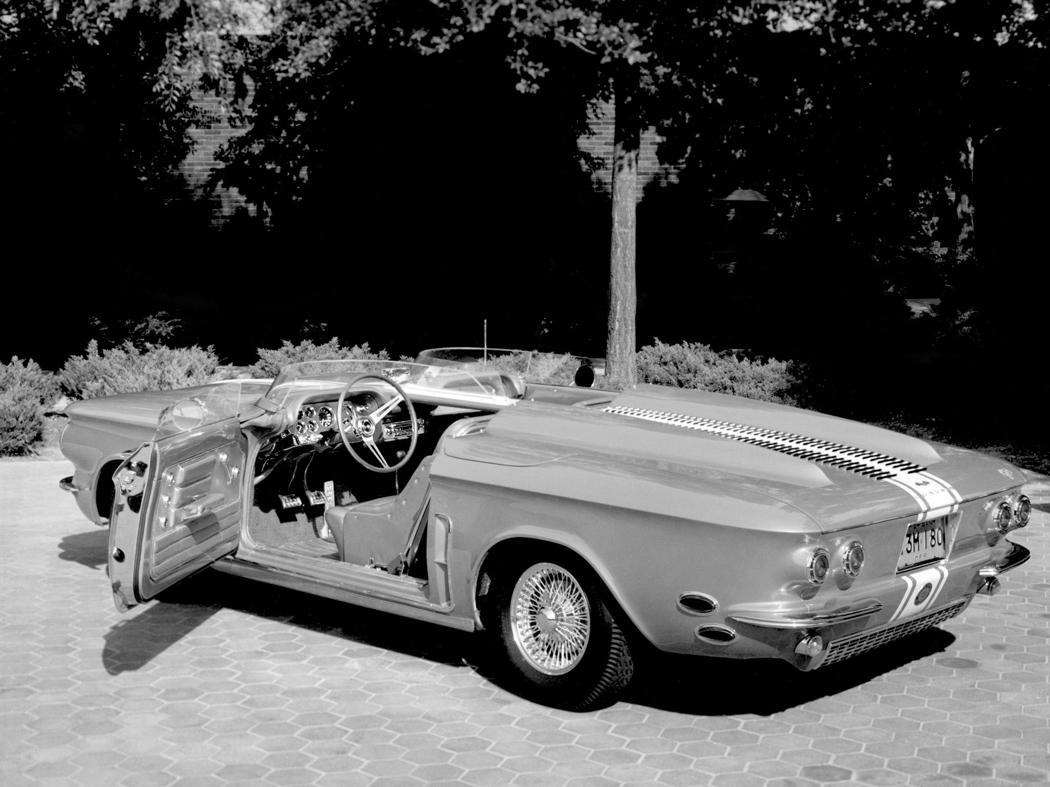 Incroyable 1962 Chevrolet Corvair Super Spyder Concept Car