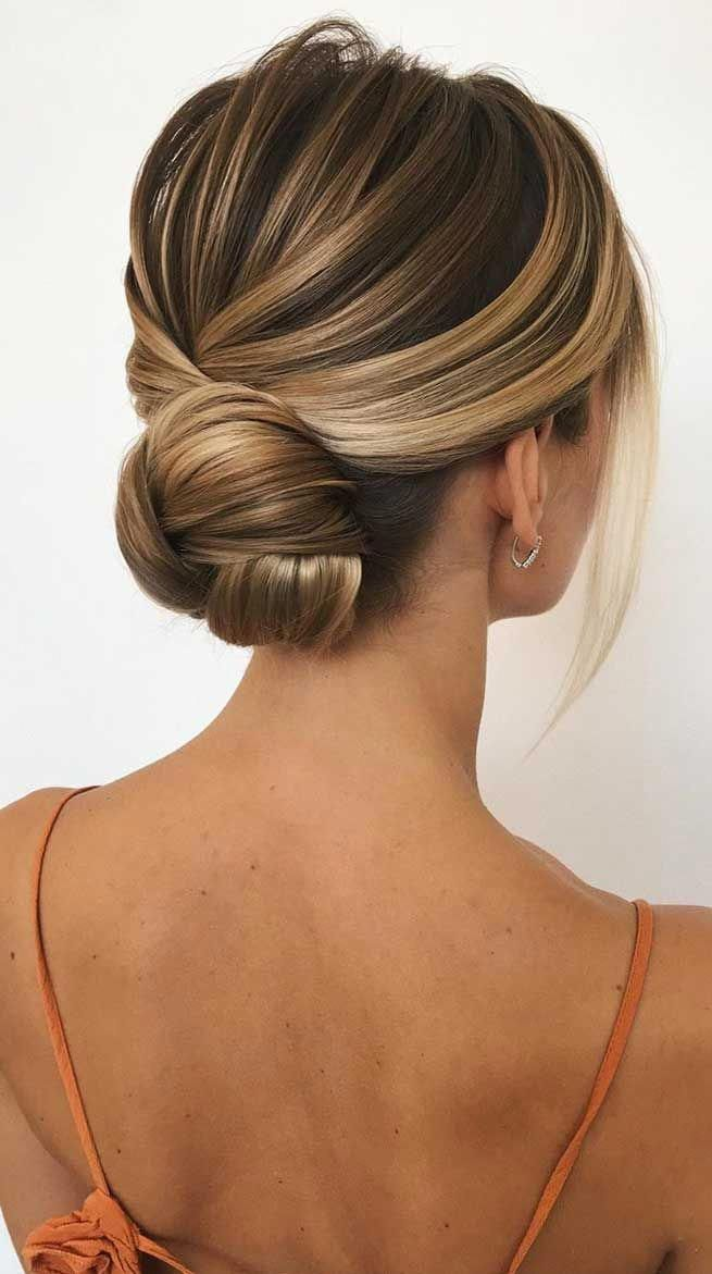 Chic wedding hairstyle for girls. #weddinghairstyleswithveil in 2020 | Wedding bun hairstyles ...