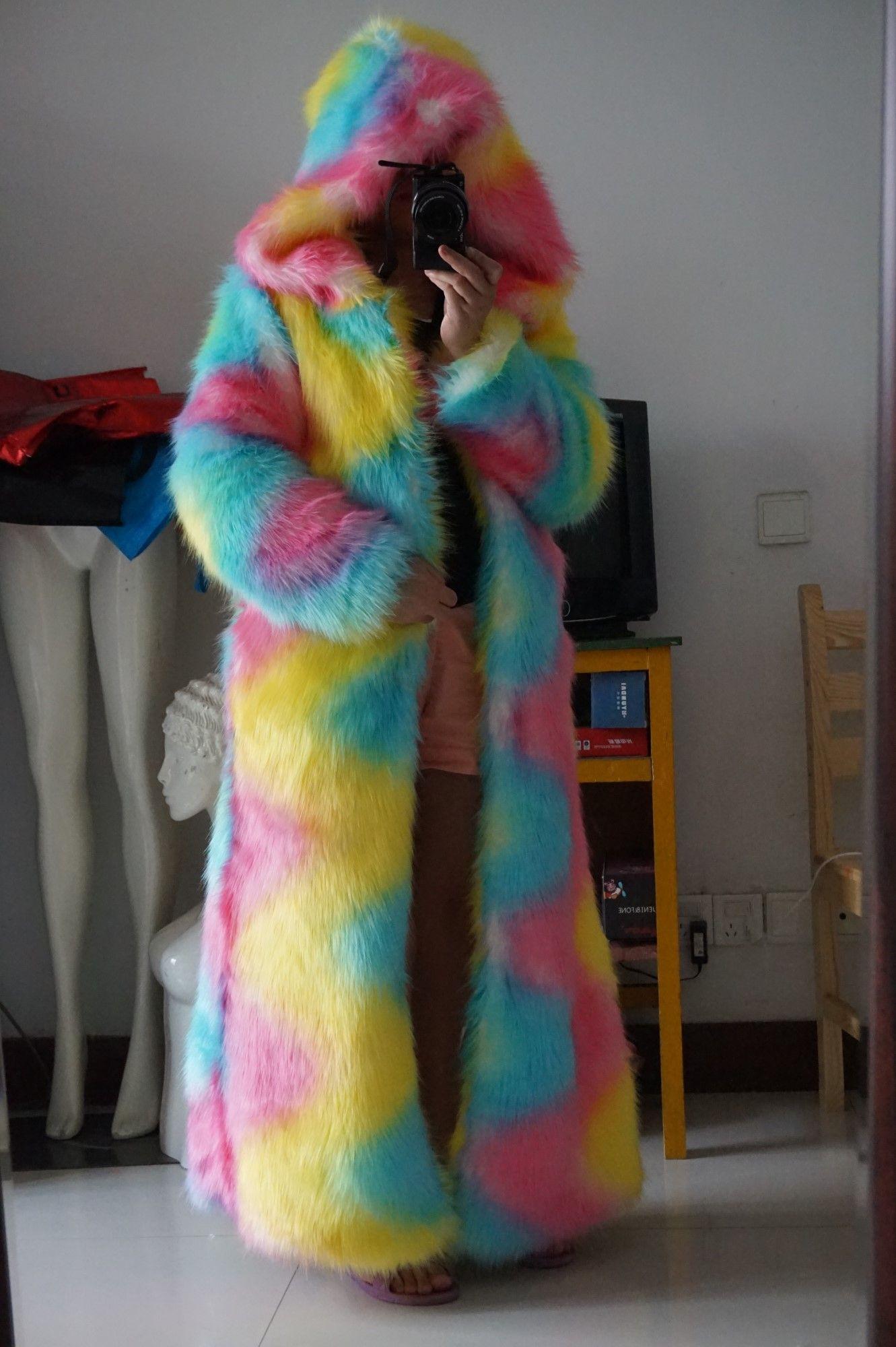 Pin By Adobrushkin On Fr Could Long Faux Fur Coat Fur Coat Oversized Fur Coat [ 2000 x 1331 Pixel ]