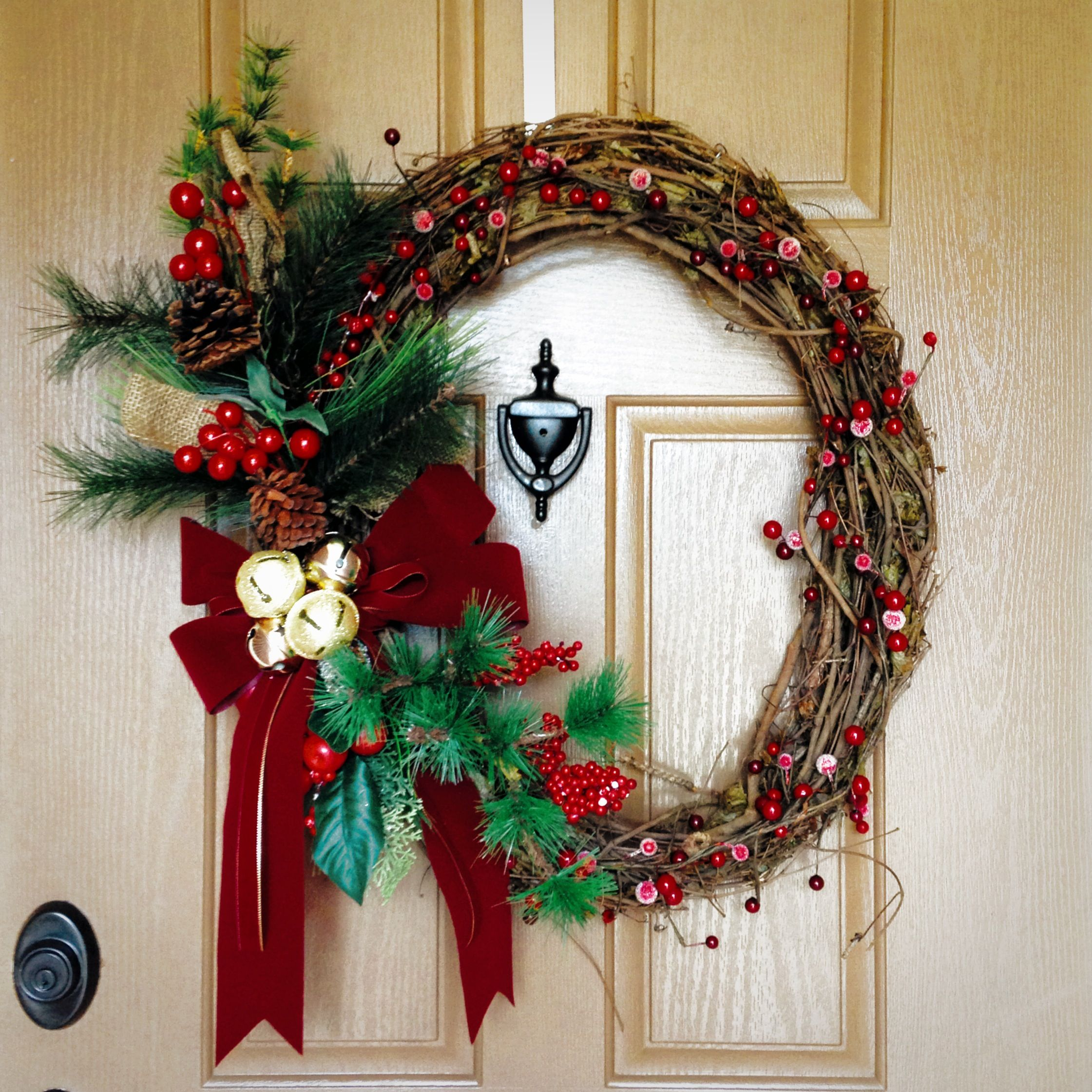 My Christmas wreath (With images) | Christmas wreaths ...
