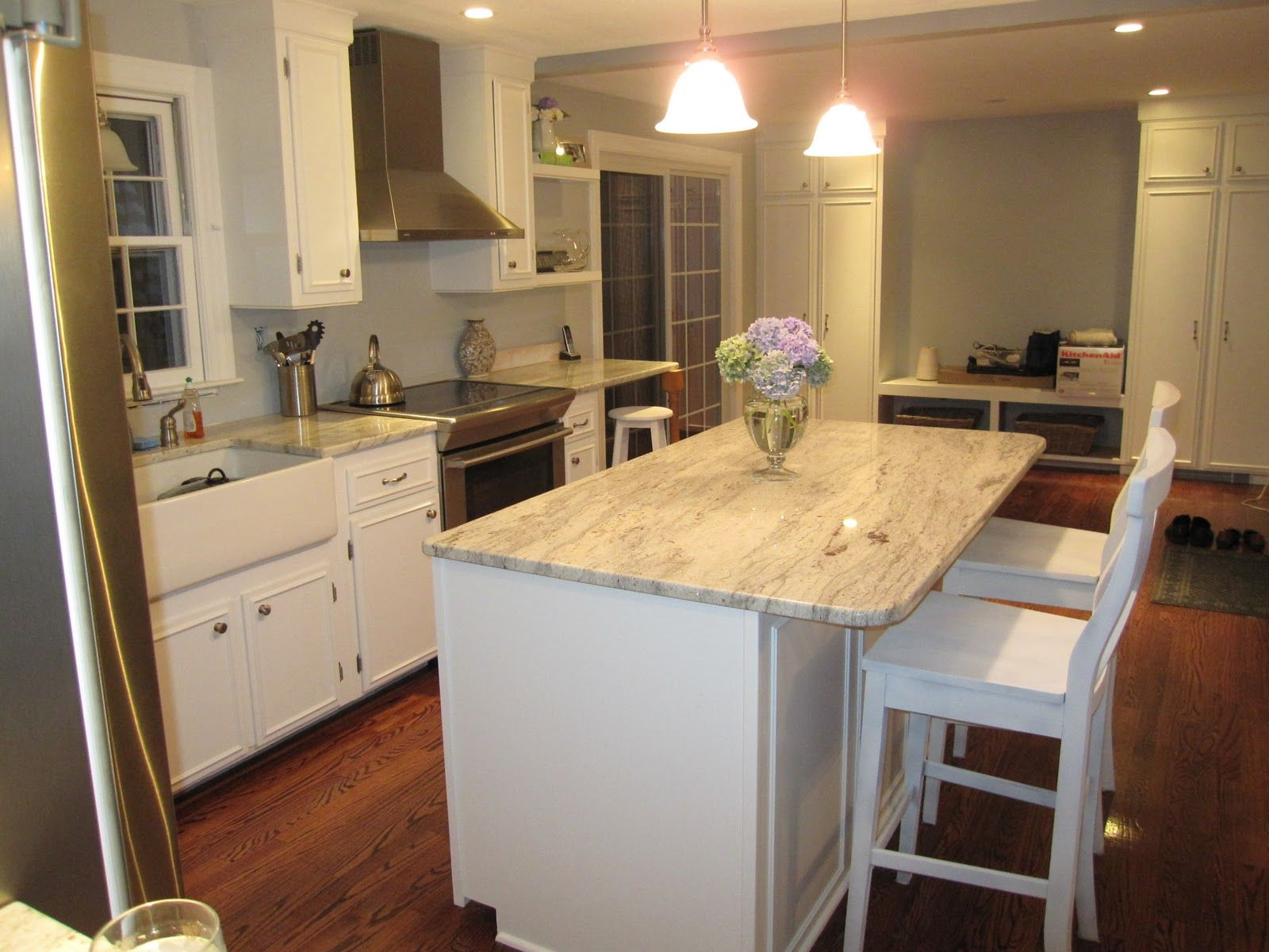 White cabinets with granite countertops diy kitchen for Small kitchen granite countertops