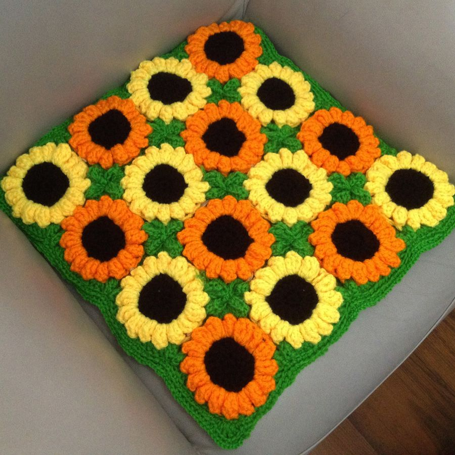 Handmade table mats design - Handmade Cushion Sunflower Hook Needle Mat Decoration Yarn Table Mat Sofa Car Knitted Cushion Rustic Floor