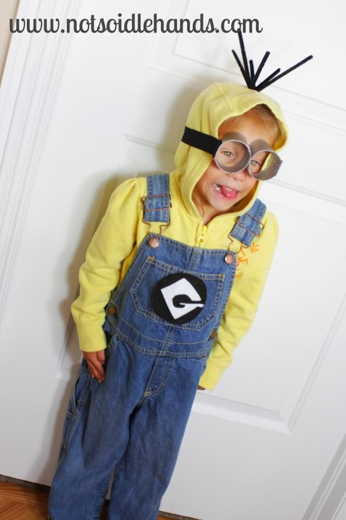 Despicably Cute and Easy Minion Costume | Not So Idle Hands & Despicably Cute and Easy Minion Costume | Not So Idle Hands ...