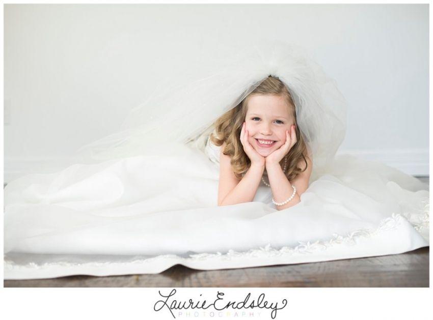 laurie endsley photography| your wedding dress your little girl| gunter texas |celina texas | prosper texas | children photography