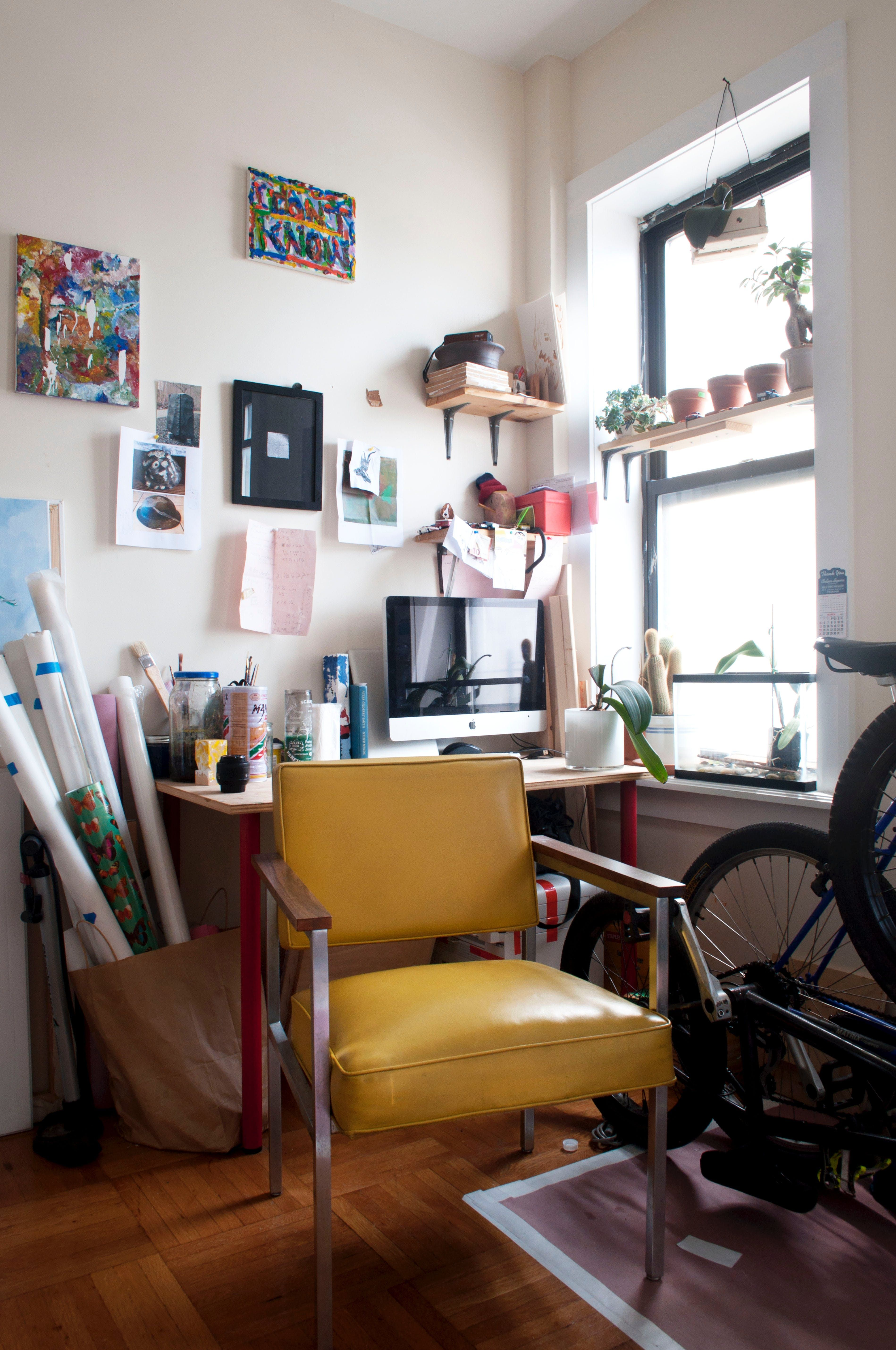 A Brooklyn Apartment That's Home to ArtLoving LA