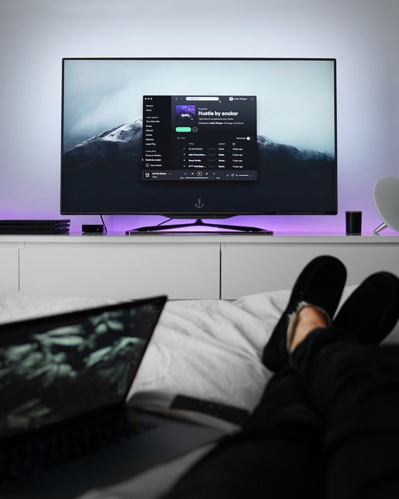 Good Size Tv For Bedroom How To Mount The Tv Wall Unit Get The Best Tv Experience Now Watch Tv For Free Tv In Bedroom Tv