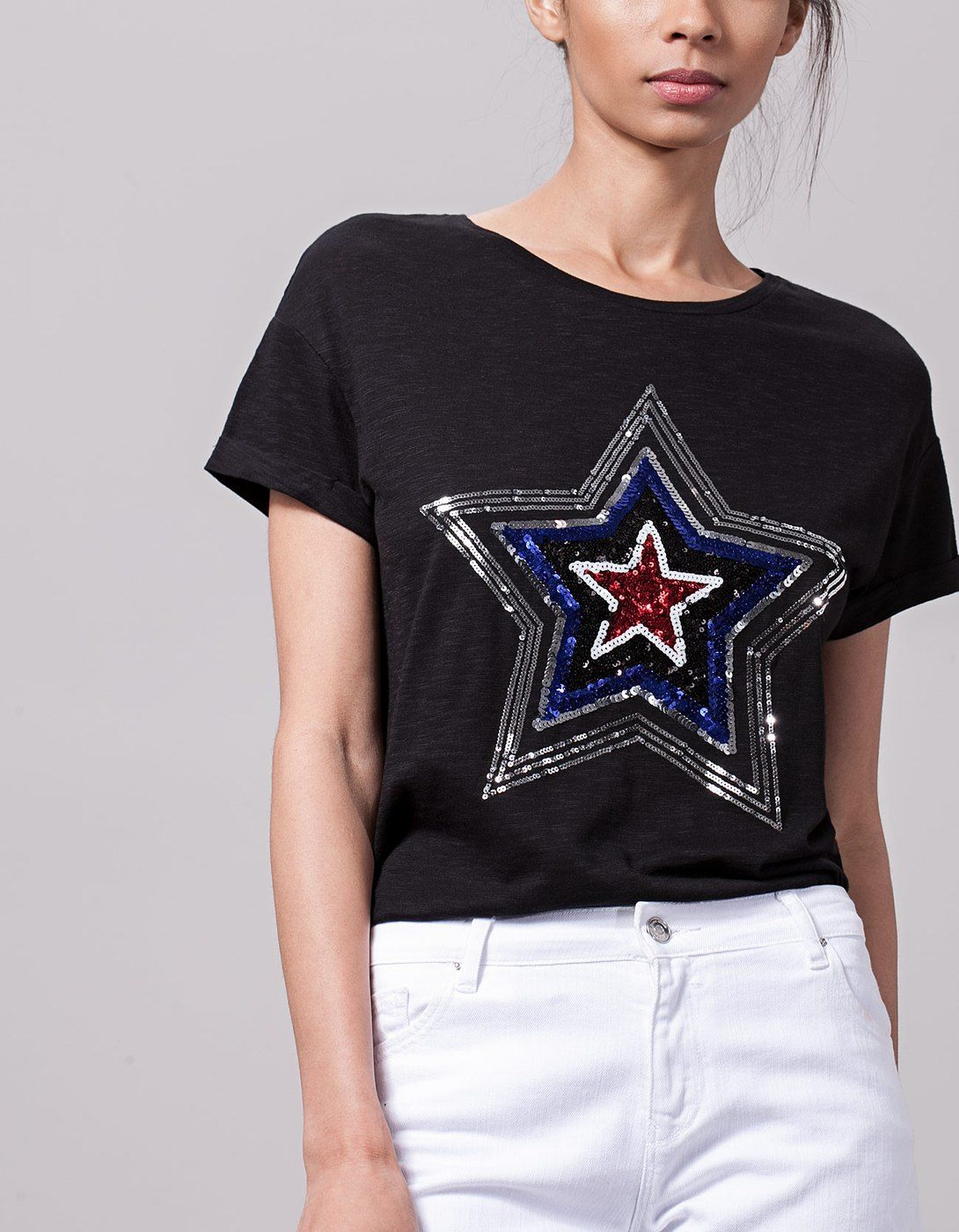 bb4dadef0959 Sequinned top - T-shirts. Μπλουζάκι με παγιέτες