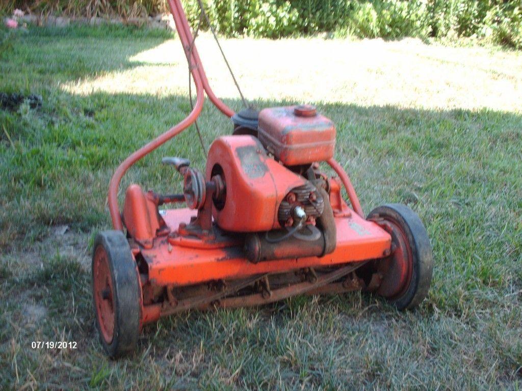 Jacobsen Reel Mower Lawn Queen 21 1951 Antique On Popscreen Reel Mower Lawn Mower Tractor Lawn Mower