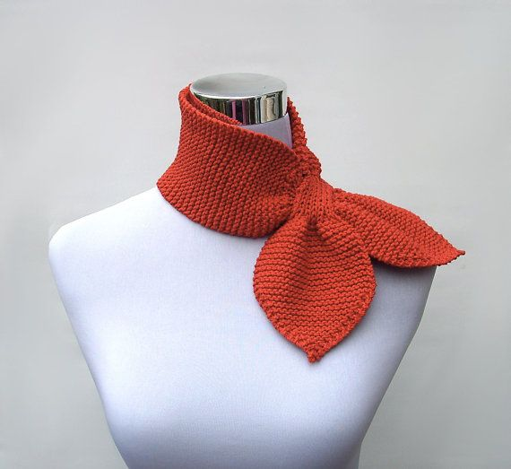 knitted ascot | Knit ascot scarf 50s style retro scarflette sophisticated gypsy neck ...