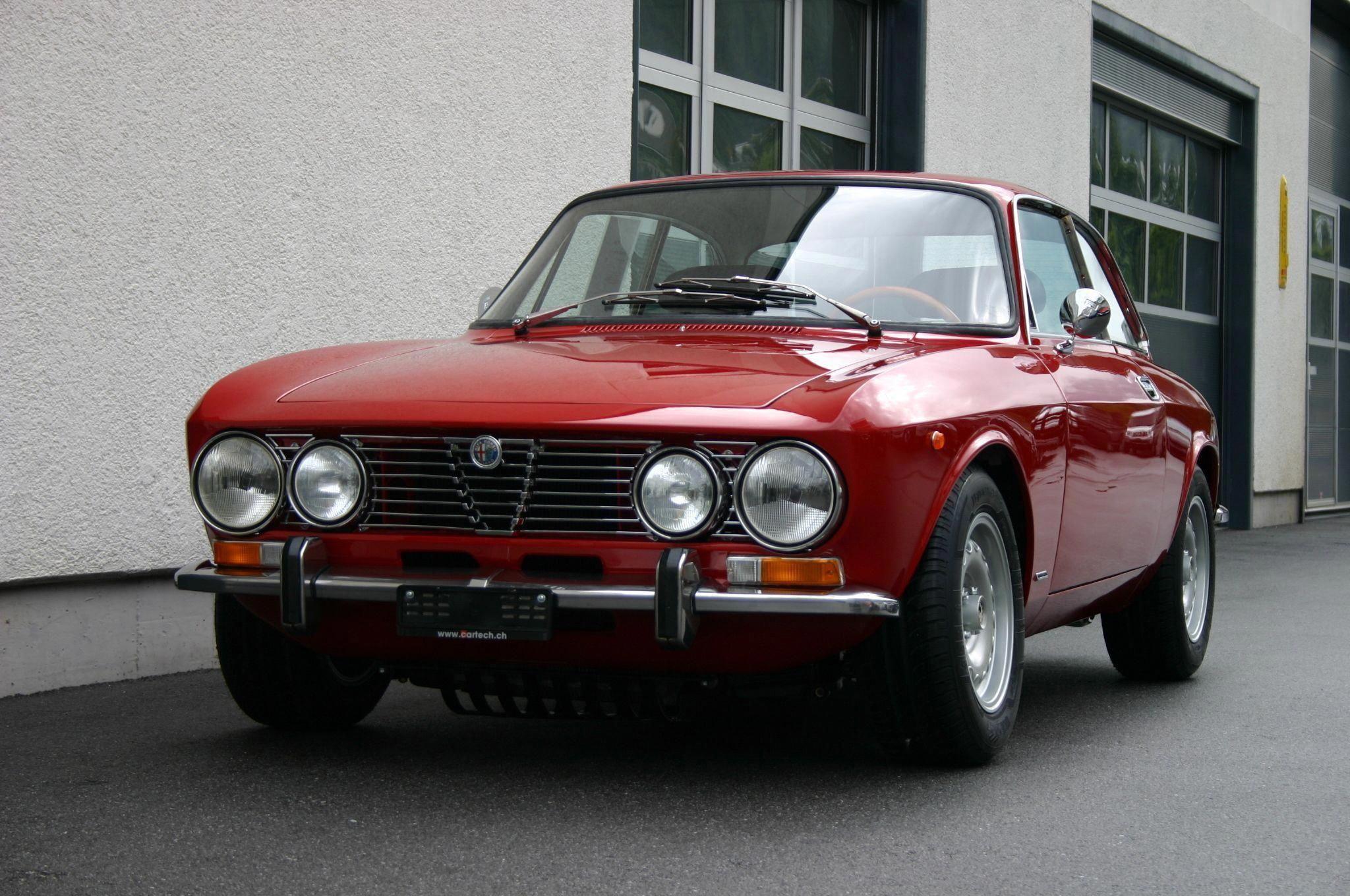 Alfa Romeo Classic Cars By Renucci Alfaromeoclassiccars Alfa Romeo Classic Cars Alfa Romeo Gtv