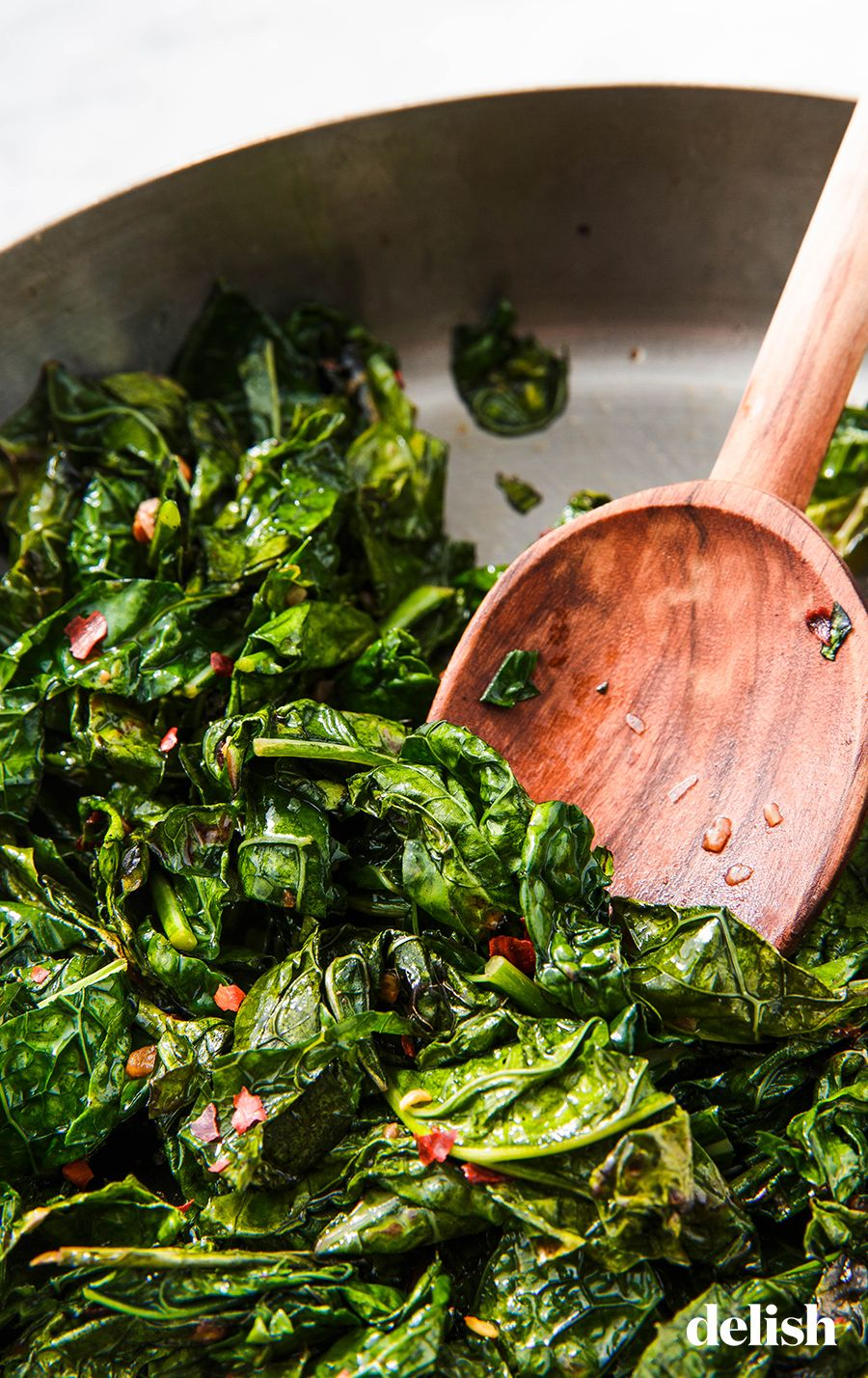 How To Cook Kale So That It S Actually Delicious Recipe Cooked Kale Recipes How To Cook Kale Kale Recipes