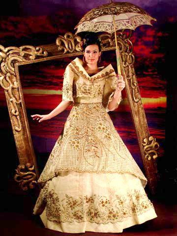 Maria clara dances maria clara dances mar a clara whose for Maria clara wedding dress