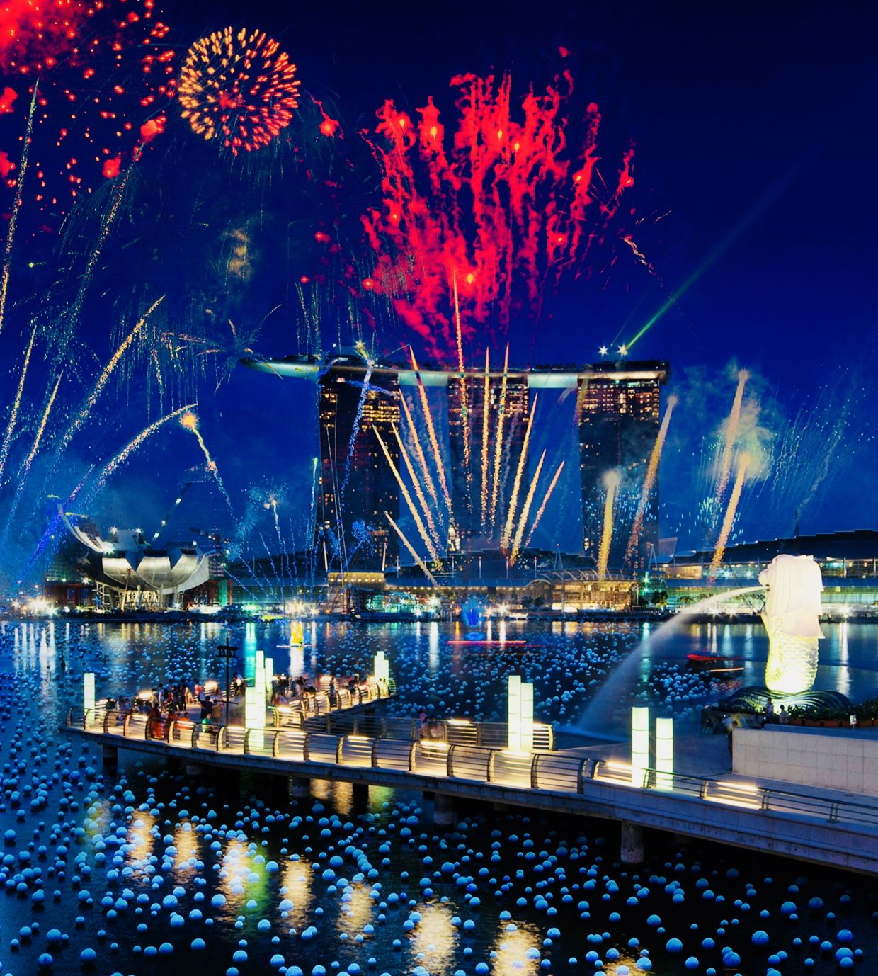 Nye Fireworks In Marina Bay New Years Eve Fireworks Singapore Dream Vacations