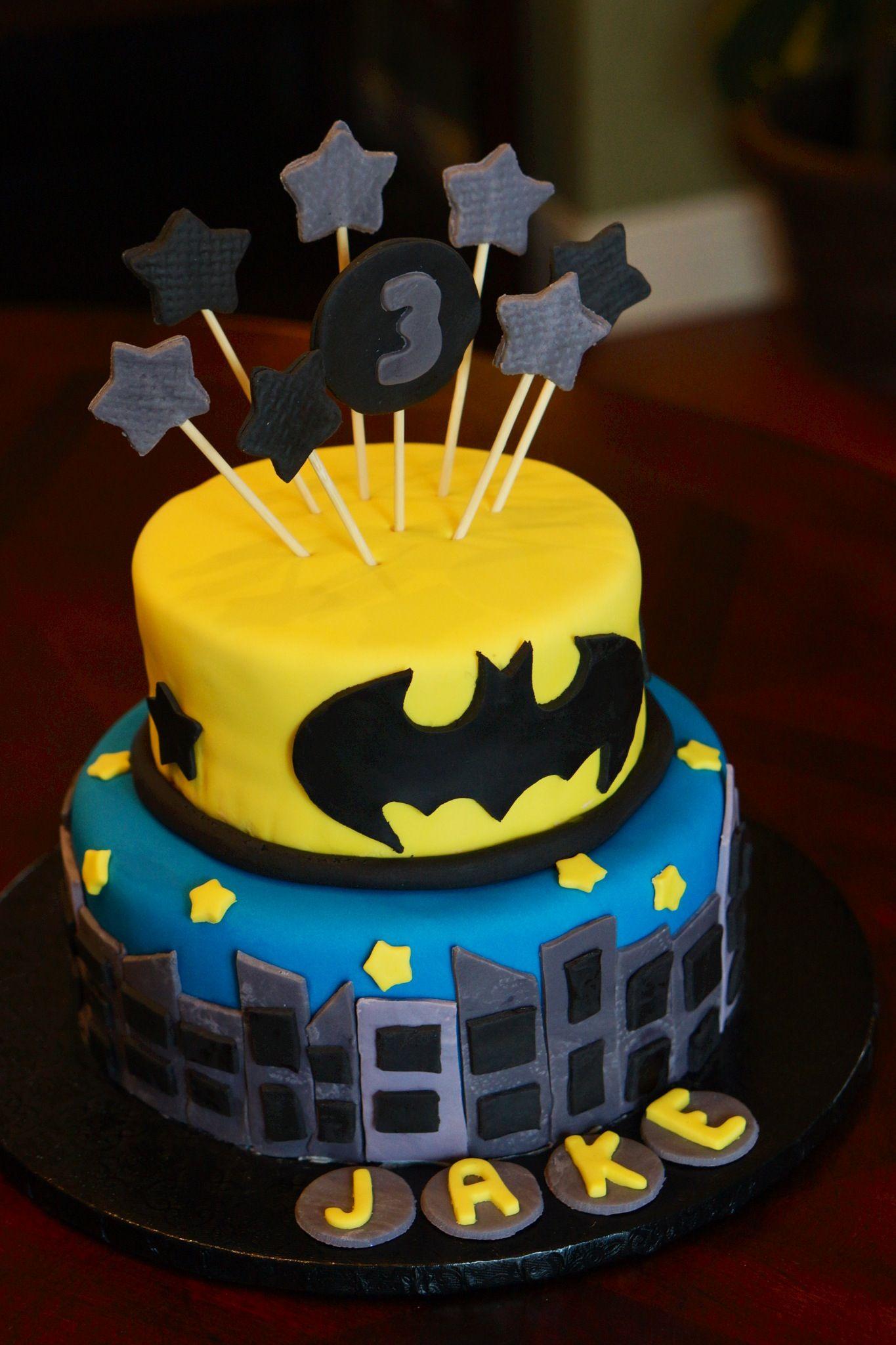 Batman cake i wanna do this for Zacharys  5th birthday lol