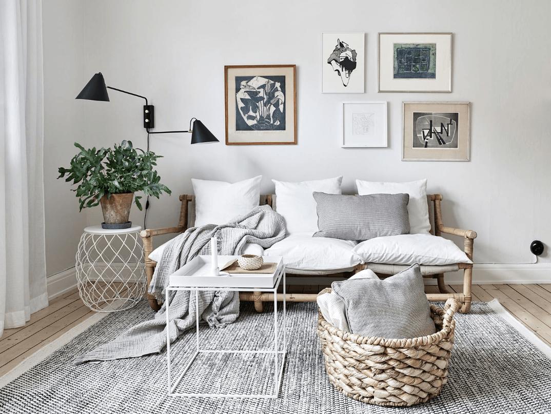 Fotos Wohnzimmer ~ Ein schickes wohnzimmer in weiß und grau u das bambussofa sorgt