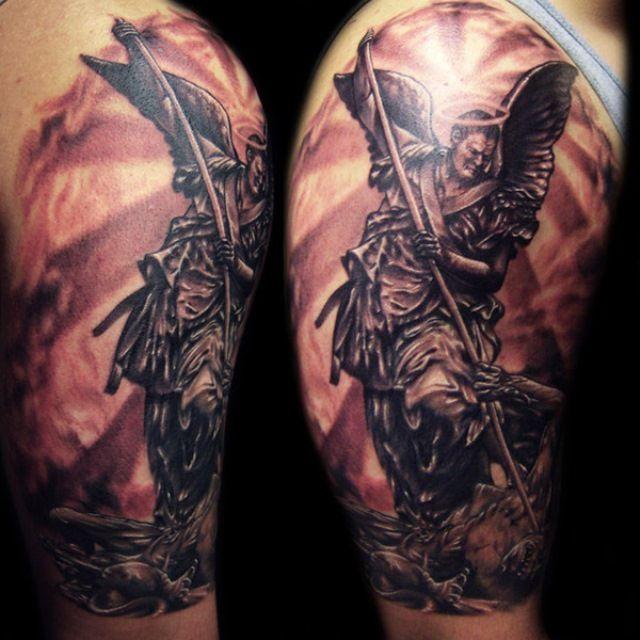 Tatuaje En 3d Goticos Tatuajes Tatuaje Angel Arte Del Tatuaje