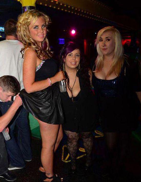Bilderesultat for embarrassing nightclub photos dirty