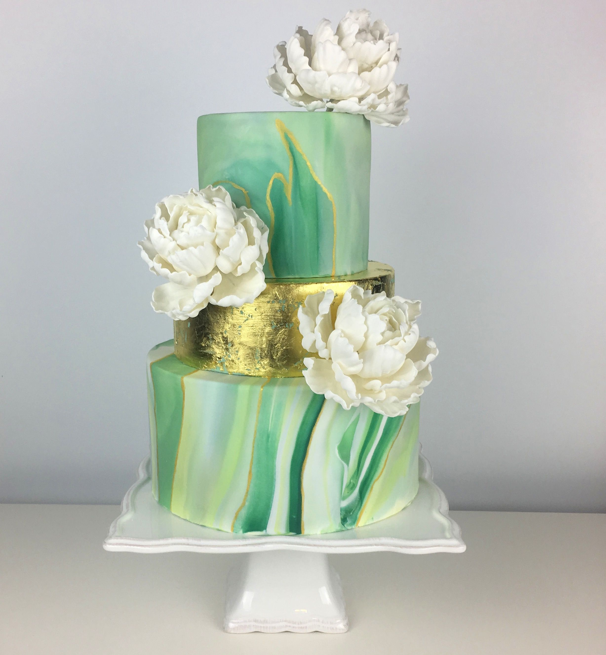 Fondant Flowers For Wedding Cakes: Marbled Green And White Fondant Wedding Cake With Gold