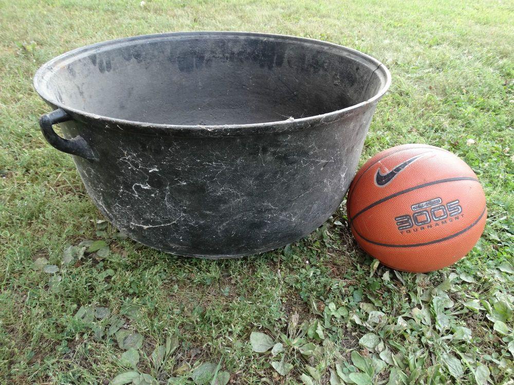 Charming Vintage Large Cast Iron Cauldron Garden Planter Pot Yard Decor Fire Pit  Antique