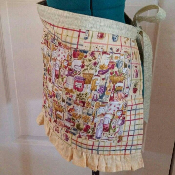 Country kitchen apron with flirty ruffle. Made by KCs Customs. Find her on FB <3