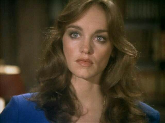 Wallpaper and background photos of pamela sue martin for fans of Dynasty images.
