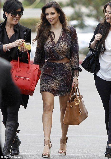 56ffdc89dfa Kim Kardashian