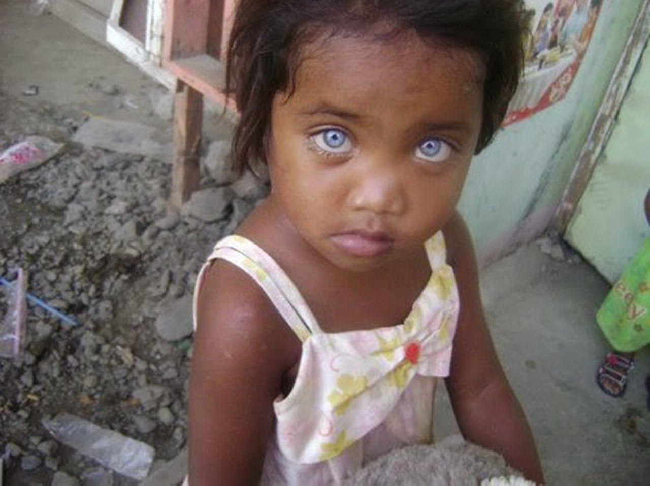 Pin von Siyah//Beyaz auf Renkli gözler // farbige Augen