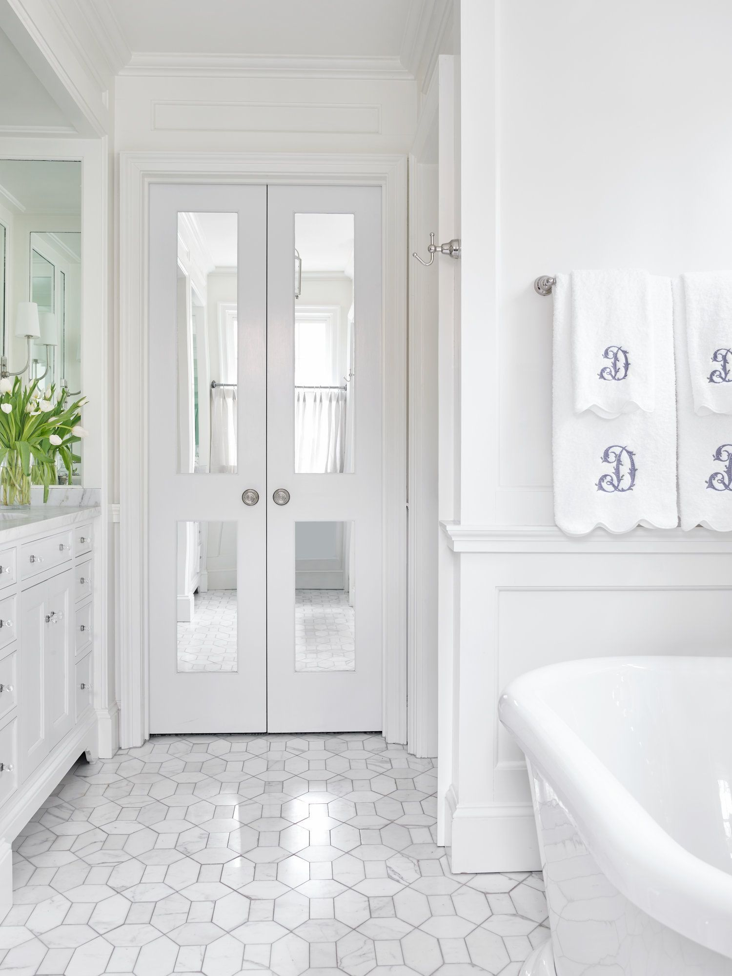 Bathroom Inspiration | White Bathrooms | Bathroom Design Ideas ...