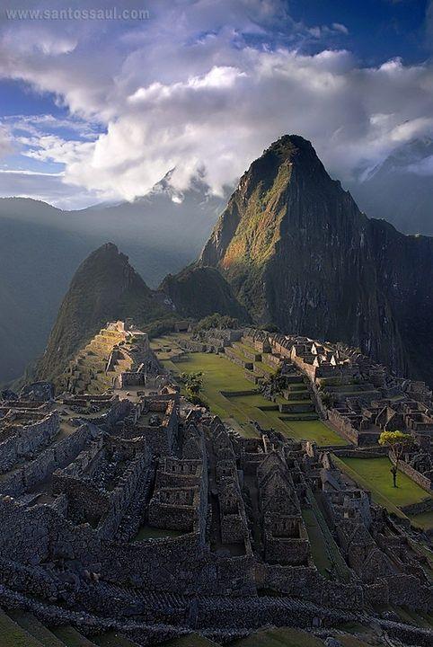 Machu Pichu, Lost city of the Incas in Peru.