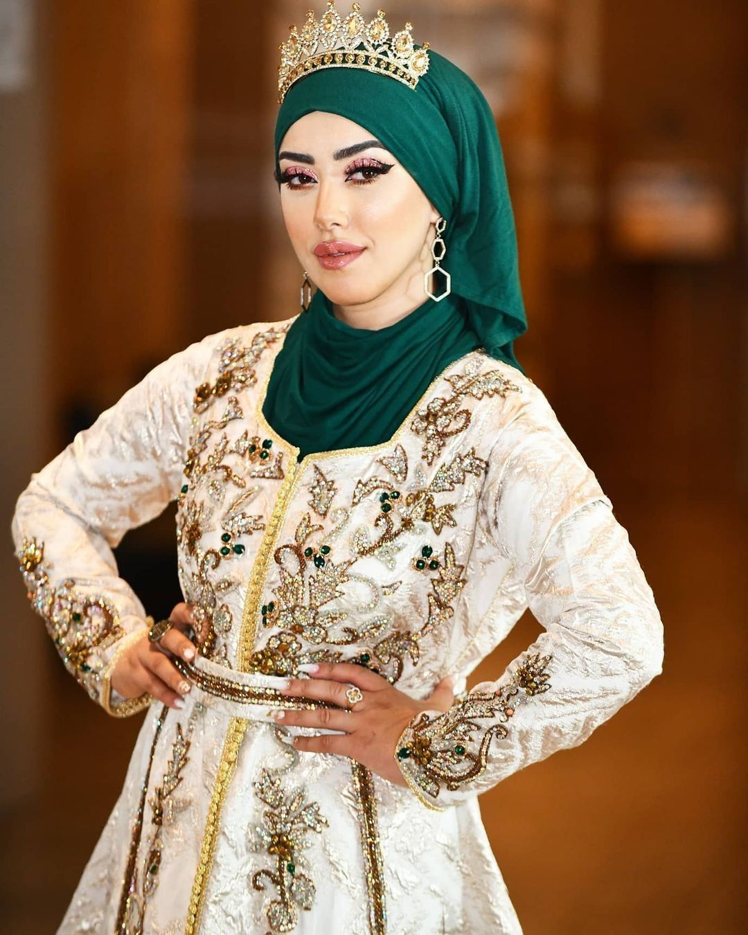 Dz Algerie Algerian Tourismalgeria Dahk Cheddatlemcenia Bejaia Jijel Batna Dzpower Mt Dz الحلويات الجزائرية المطبخ الجزائري In 2021 Fashion Hijab