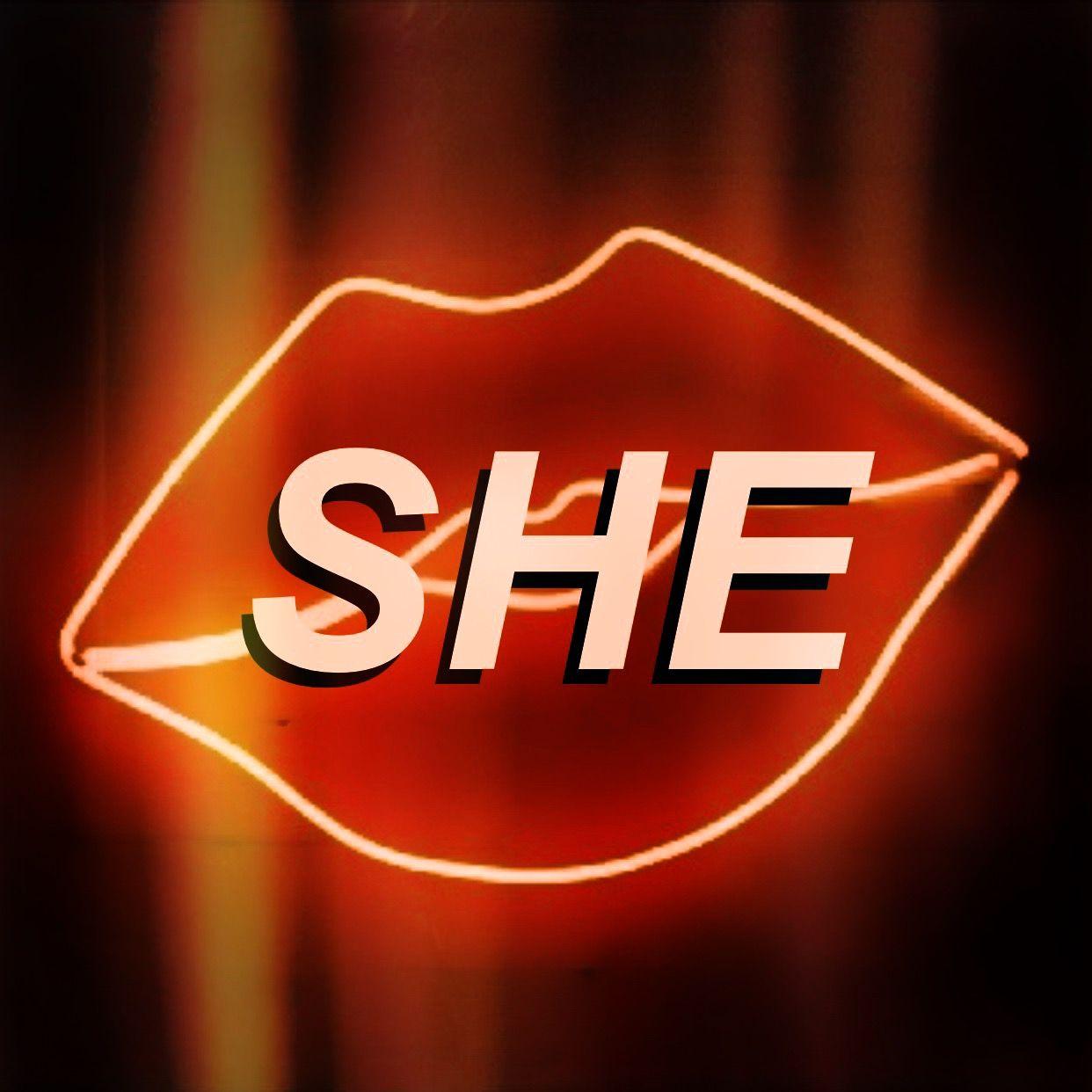 SHE �