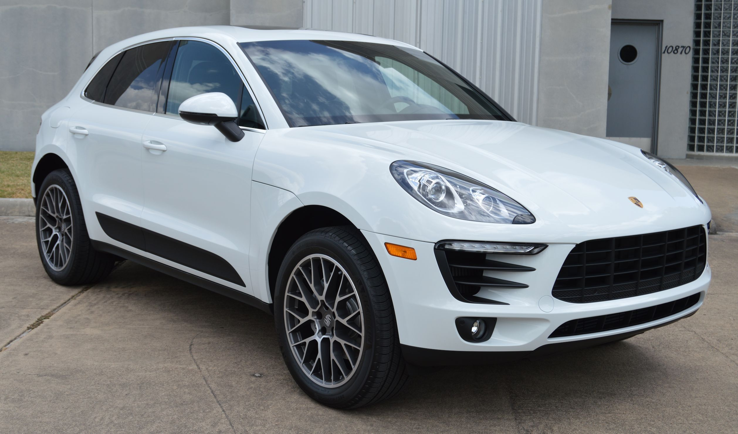 2016 Porsche Macan S White Black