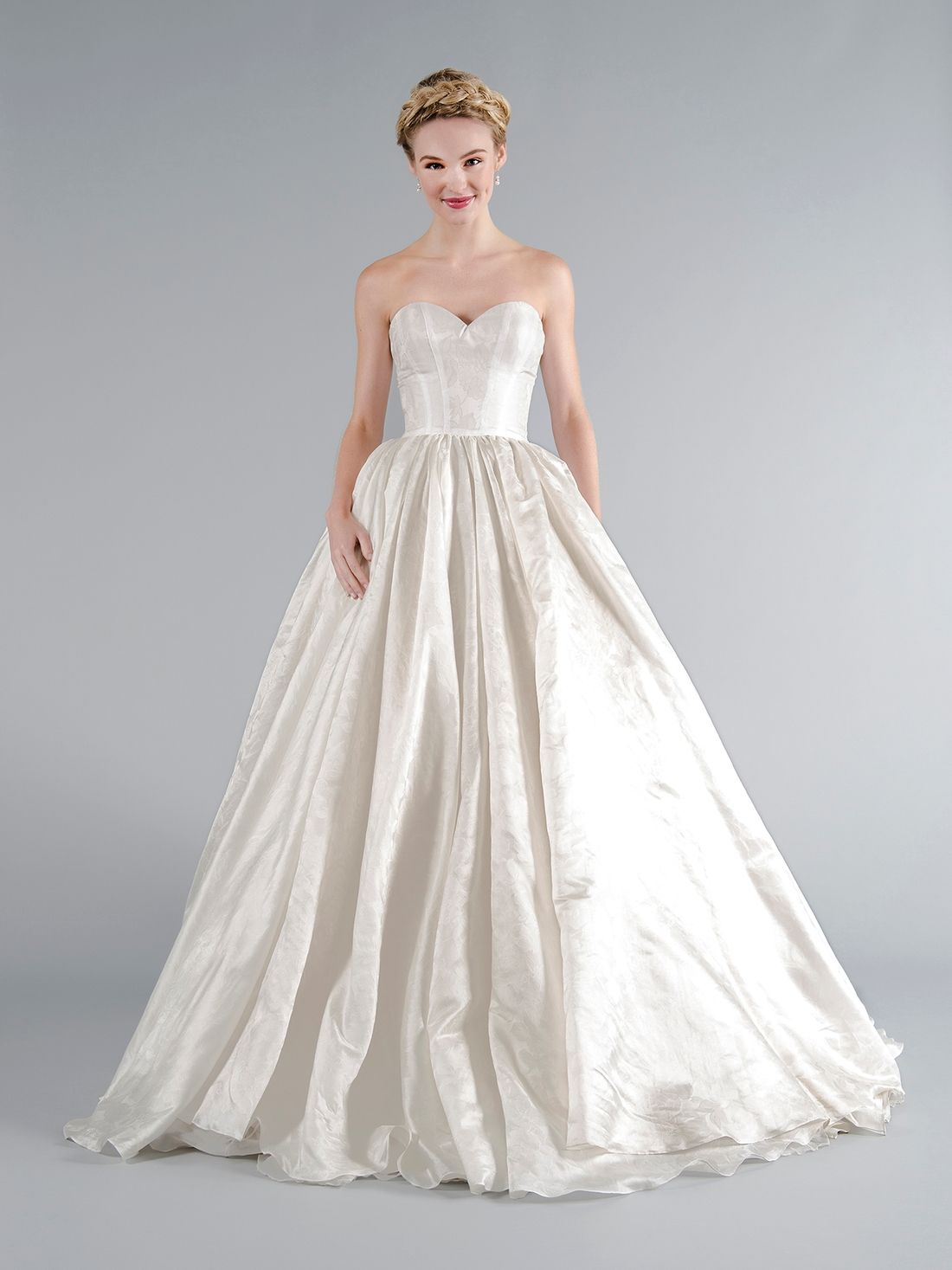 Mark zunino wedding dresses  KleinfeldBridal Mark Zunino Bridal Gown  Princess
