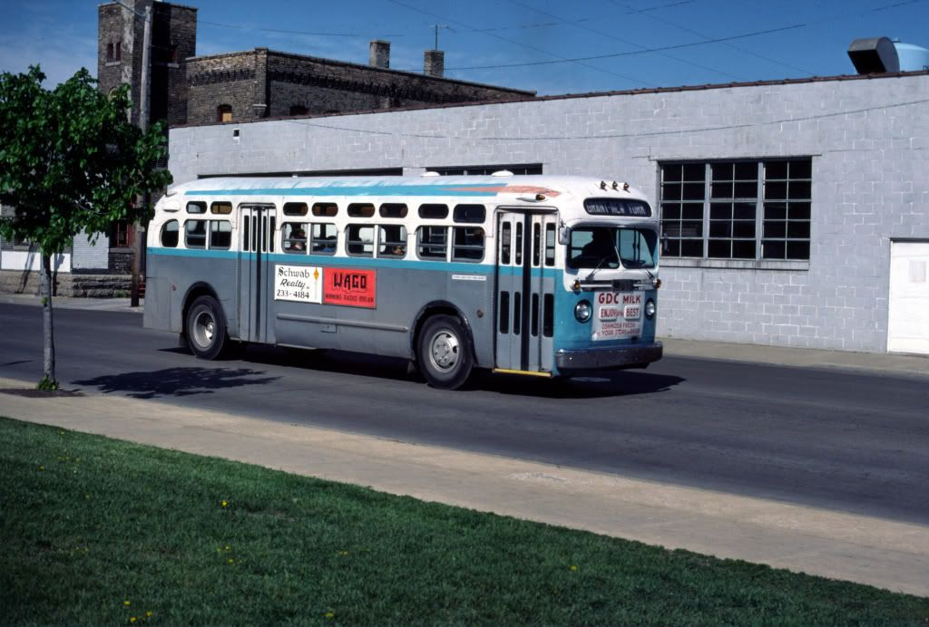 Oshkosk Wi Old Look Gmc Gmc Bus Back In The Day