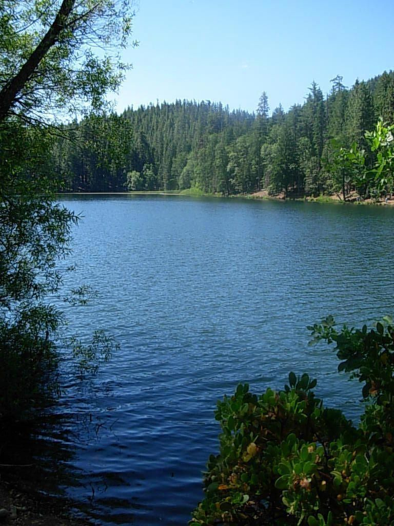 mendocino national forest - letts lake near stonyford, ca