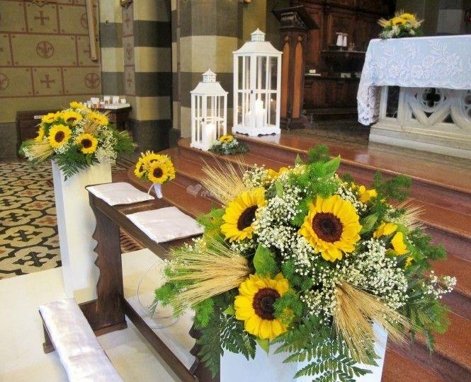 Matrimonio Girasoli Chiesa : Risultati immagini per girasoli matrimonio chiesa