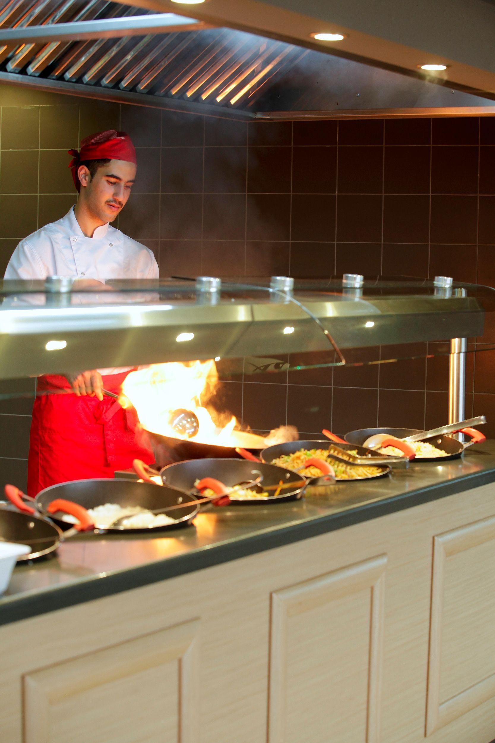 Many Louis Hotels Offer The Mura By Akakiko Asian Restaurant In