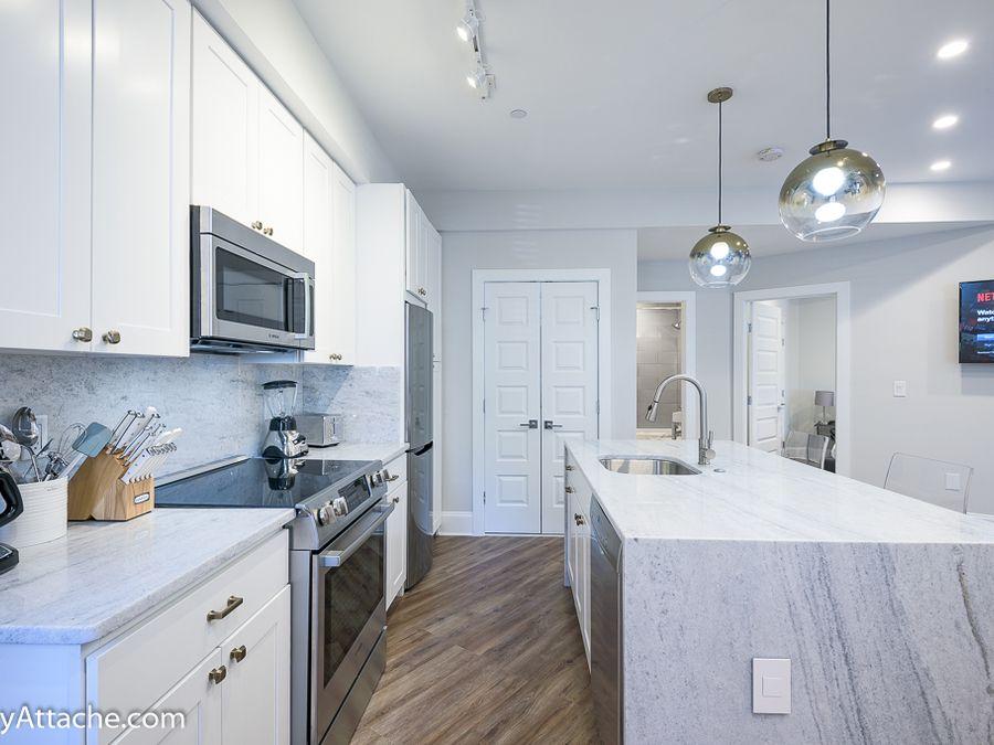 1455 W Street Nw Unit 3 Washington Dc 20009 In U Street Corridor 800 916 4903 Modern Kitchen Row House Corridor